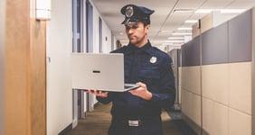 powerdms-assets-photos-134-cop-computer-training